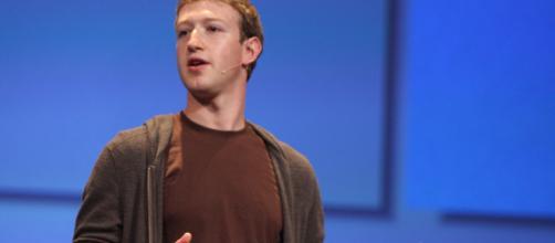 Mark Zuckerberg se presenta ante el Parlamento Europeo pidiendo perdón