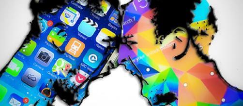 Samsung dovrà risarcire 539 milioni di dollari a Apple - cnet.com