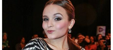 Larissa Manoela fala sobre críticas a sua aparência