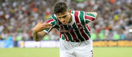 Pedro ajuda o Flu a quebrar tabu e entra na lista de principais artilheiros do Brasileirão (Foto: O Globo)