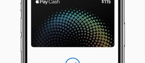 Apple iPhone X con Apple Pay Cash en la aplicación Wallet.