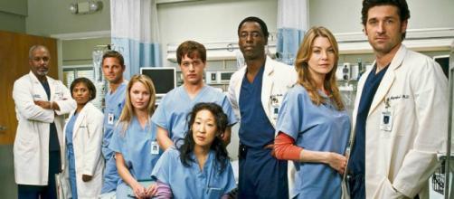 Entre emergencias y drama, estos 7 artistas se elevaron en su carrera gracias a Greys Anatomy.