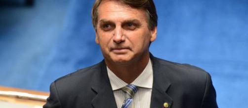 Jair Bolsonaro apoia greve de caminhoneiros contra alta do diesel ... - com.br