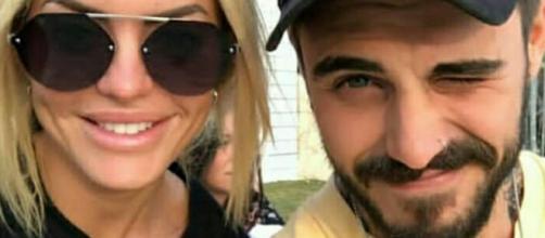 L'Isola dei Famosi: Francesco Monte dimentica Paola con Elena Morali?