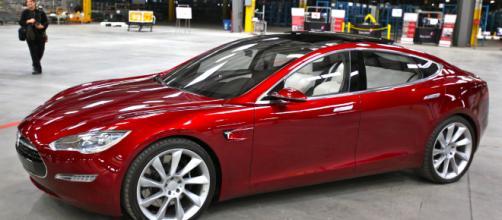 ¿Qué pasó con ese Tesla Modelo 3 de $ 35,000 que todavía no puede comprar?