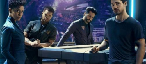 """The Expanse"" has officially been rescued by Amazon Prime. [Image What the Geek/YouTube]"