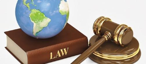 El 30 de mayo de 1968, se aprobaron las leyes de emergencia de la República Federal.