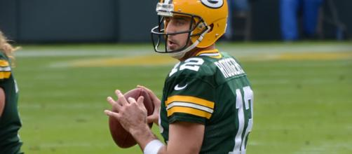 Green Bay Packers Aaron Rodgers not changing how he plays to avoid injuries [Image by Keith Allison / Flickr]