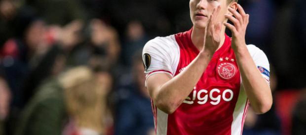 Grandes equipos de inglaterra interesados en Matthijs de Ligt.