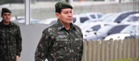 General Mourão fala sobre a paralisação dos caminhoneiros