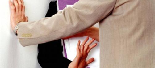 Acoso sexual en el trabajo: cómo identificarlo y qué hacer ... - elsalvador.com
