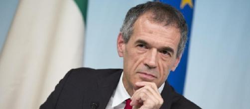 Carlo Cottarelli accetta l'incarico di premier