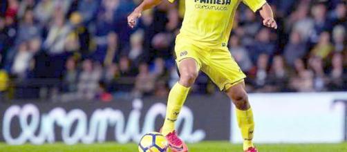 Carlos Bacca con la maglia del Villareal (foto via Facebook - @carlosbaccaoficial)