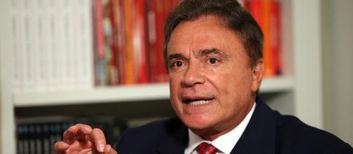 Críticas à Lula não melhoram desempenho de Alvaro Dias
