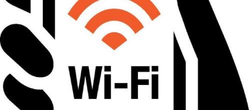 Jenny si suicida a 15 anni ed i genitori accusano la scuola: colpa del wifi.