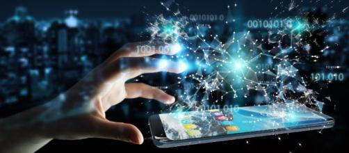 La tecnologia digital Es la forma en que entendemos, nos relacionamos y nos comunicamos con todos.