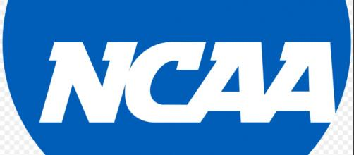 Many early-entry athletes have decided to remain in college. Image Source: Wikimedia Commons | NCAA