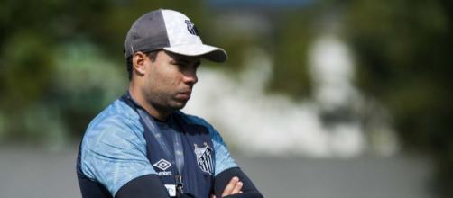 Pressionado, Jair Ventura tem problemas para escalar o Santos