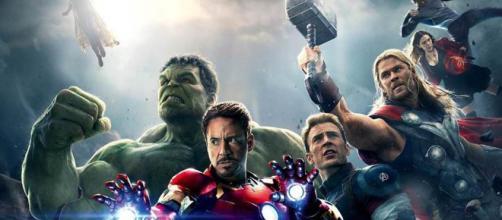 Vengadores guerra infinita hablan del Capitán Marvel y Hawkeye.