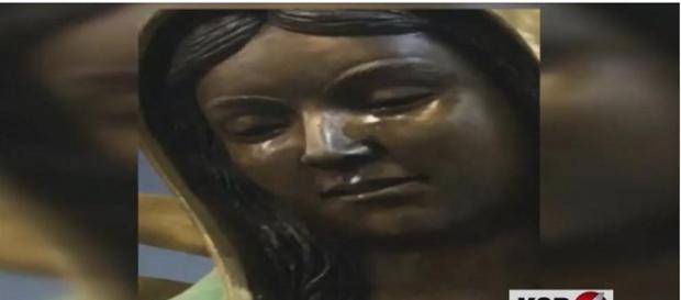 Fiéis estão impressionados com estátua que chora (KOB4)