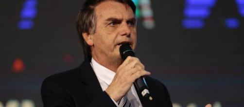 Bolsonaro clama pelo o fim da greve dos caminhoneiros.