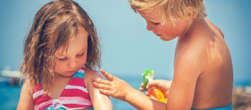 ¿Por qué es importante proteger a nuestros niños del sol?