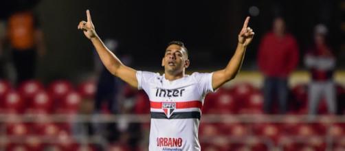 Diego Souza é o artilheiro do São Paulo no torneio com 4 gols. (Foto: Fernando Dantas/Gazeta Press)