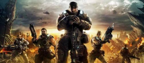 Gears of War es el primer videojuego de la serie Gears of War, mismo que dio inicio a esta última y al universo.