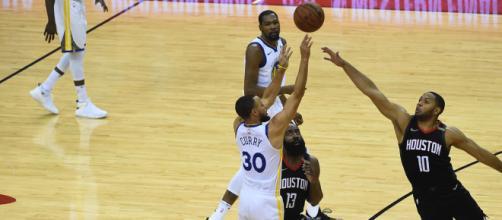 Stpehen Curry acabó con 27 puntos en una gran actuación. NBA.com.