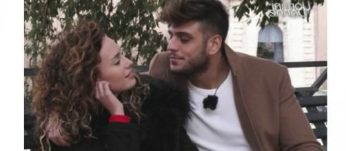 Uomini e Donne: Sara e Luigi sono una coppia, delusione per Lorenzo.