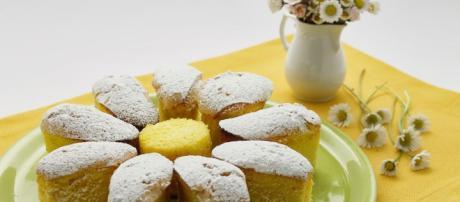 Coccole di dolcezza: Un fiore...di margherita. Pan di spagna alternativi
