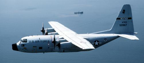 A WC-130H Hercules aircraft in-flight (Image credit - Kit Thompson, Wikimedia Commons)