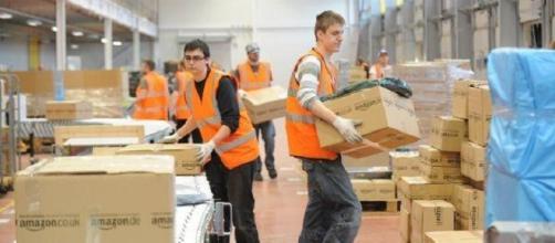 Assunzioni Amazon, 100 posti di lavoro in arrivo a Buccinasco