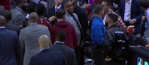 Kendrick Perkins and Drake had words before halftime of the Cavs vs. Raptors game in Toronto. [Image via NBA on TNT/YouTube]