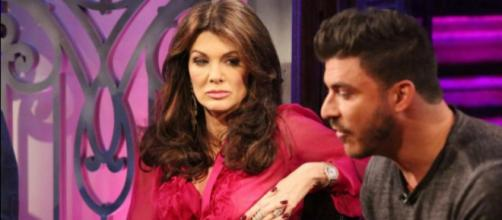 Lisa Vanderpump and Jax Taylor appear at the 'Vanderpump Rules' reunion. [Photo via Bravo/YouTube]