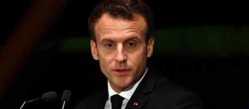 """Manifestation du 1er-Mai : Emmanuel Macron condamne """"avec une ... - francetvinfo.fr"""