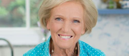Mary Berry sparks more controversy with simple pie that viewers ... - mirror.co.uk