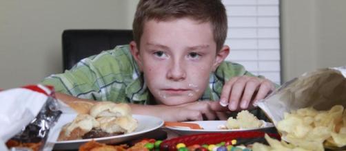 Obesidad en la infancia, una epidemia global que también golpea a- clarin.com