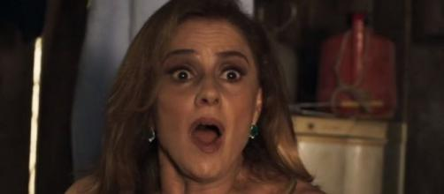 Sophia comete suicídio no último capítulo de O Outro Lado do Paraíso (Foto: TV Globo)