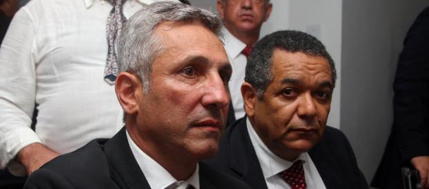 Alexandre Campello com o vice-presidente do clube (Foto: Vasco)