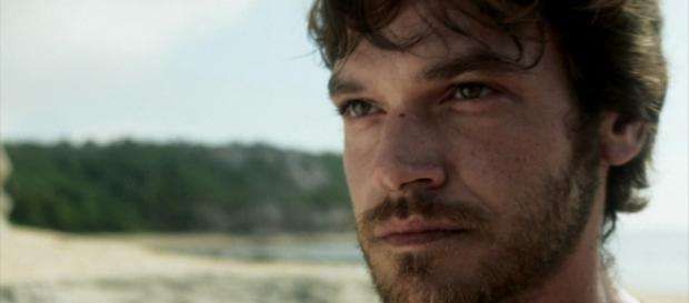 Beto vira estelionatário em novela 'O Segundo Sol'.