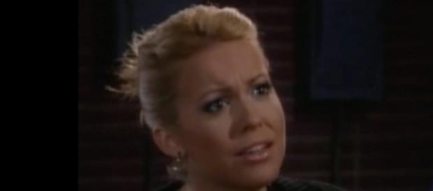 Farah Fath is returning to 'Days of Our Lives' as Mimi Lockhart - [Image via DOOL/YouTube screenshot