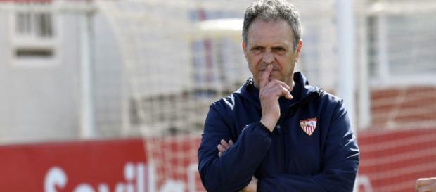 La primera alineación de Joaquín Caparrós en el Sevilla FC- medium.com