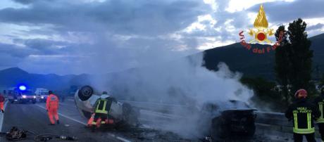 Incidente stradale a Gualdo Tadino: 3 morti - Foto Vigili del Fuoco -