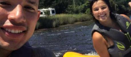Javi Marroquin and Lauren Comeau go jet-skiing. [Photo via Twitter]