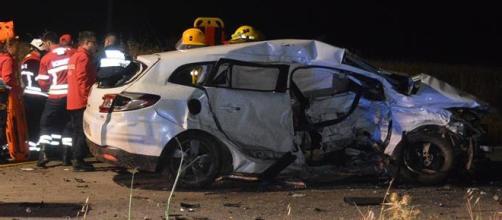 Acidente foi provocado pela colisão entre dois veículos automóveis
