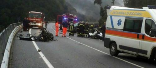 Calabria, 2 ragazzi muoiono a causa di un incidente (foto di repertorio)