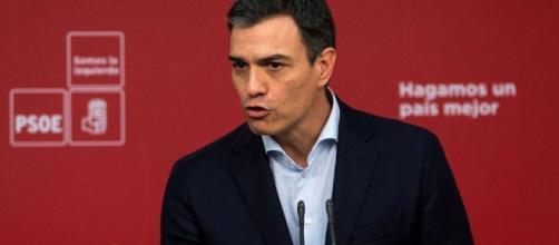 El PSOE ataca con todo a Rajoy con la mpción de censura