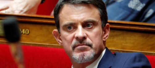 Manuel Valls veut réfléchir à des quotas