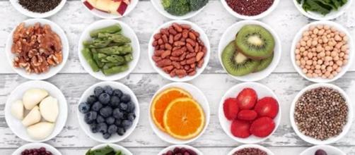 Nutritionists and diet bloggers are warning against Phytic acid, but what exactly is it? [Image credit: Plant Based Science London/YouTube]